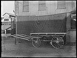 Horse drawn farm wagon (2820256549).jpg