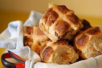 Hot cross bun - Homemade hot cross buns