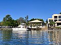 Houses at Hope Island seen from Coomera River, Queensland 16.jpg
