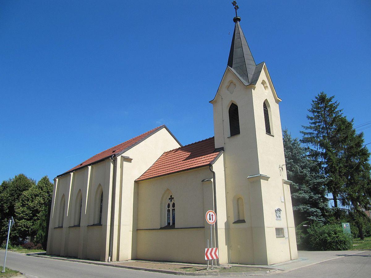 Hrušky (BV), kostel.jpg