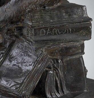 Affe mit Schädel - Image: Hugo Rheinhold Ape With Skull.Darwin Monkey.6