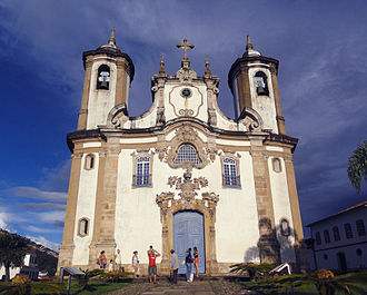 The Amazing Race 4 (Latin America) - While in Ouro Preto, teams visited the Igreja São Francisco de Assis do Carmo for one of the Detour options.