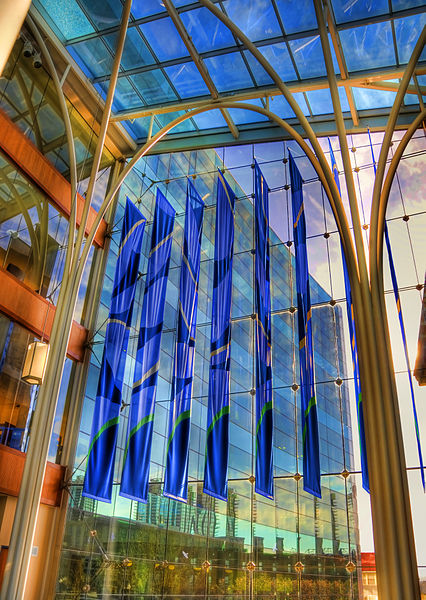 File:Indianapolis Central Library (3439675027).jpg
