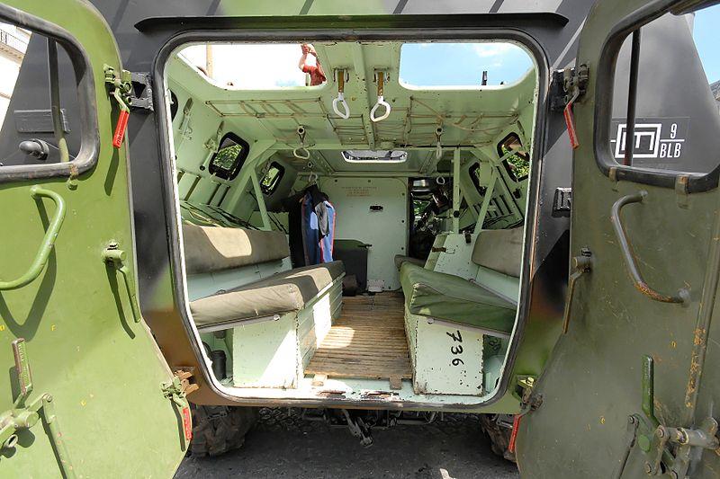 File:Inside VAB 2007 07 14.jpg
