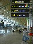 Interior de Aeropuerto de Madrid-Barajas T4.jpg