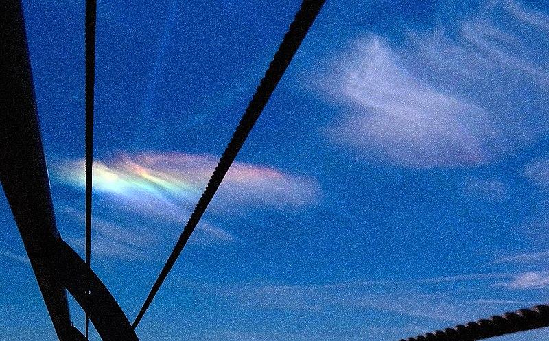 File:Iridescent Drama Cloud No 2.jpg