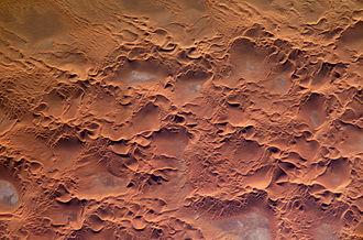 Erg (landform) - Image: Issaouane Erg Algeria ISS010 E 13539