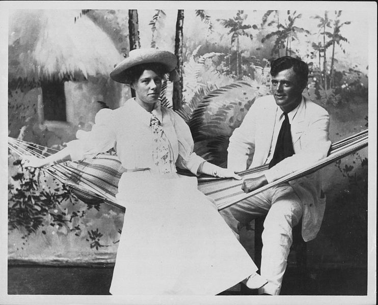 Jack and Charmian London in Hawaii (PP-75-4-018)