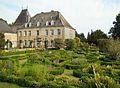 Jardin du château de Guirsch.JPG
