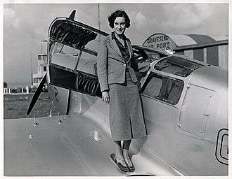 Jean Batten - Jean Batten and her Percival Gull