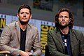 Jensen Ackles & Jared Padalecki (36114932231).jpg