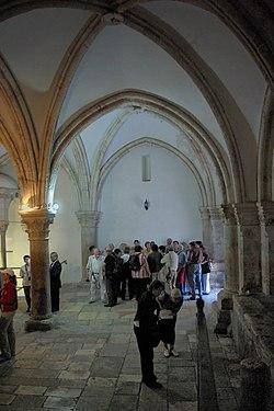 יוסי ביילין ליברמן שמעון פרס ונתניהו ניסו להעביר את מתחם קבר דוד לידי הוותיקן ולידי הכניסיה היוונית לכאורה 250px-Jerusalem_Cenacle_BW_5