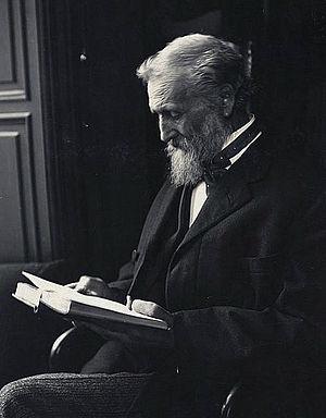 John Muir 1912.jpg