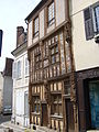 Joigny Maison du Pilori.JPG