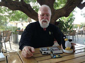 Jon Hall (programmer) - Jon Hall explaining gadgets