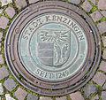 Kanaldeckel mit Wappen von Kenzingen.jpg