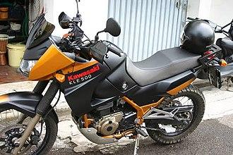 Kawasaki KLE500 - Image: Kawasaki KLE 500 2005 lato