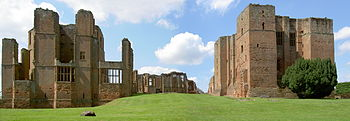 English: Kenilworth Castle, panorama taken fro...