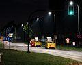 Kraków - Al. Pokoju nocą - zamiatarki uliczne Brodd 2W - DSC08255 v2.jpg