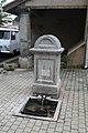 Lézignan-la-Cèbe fontaine lavoir.JPG