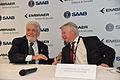 LAAD 2015 - Assinatura de Acordo entre Embraer e Saab (16963606919).jpg