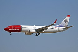 LN-DYV B737-8JPW Norwegian PMI 31MAY12 (7309939506).jpg