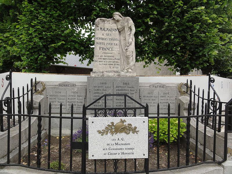La Malmaison (Aisne) monument aux morts