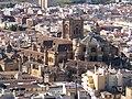 La Santa Iglesia Catedral Metropolitana de la Anunciación de Granada, vista desde la Torre de La Vela de la Alcazaba. La Alhambra, Granada.jpg