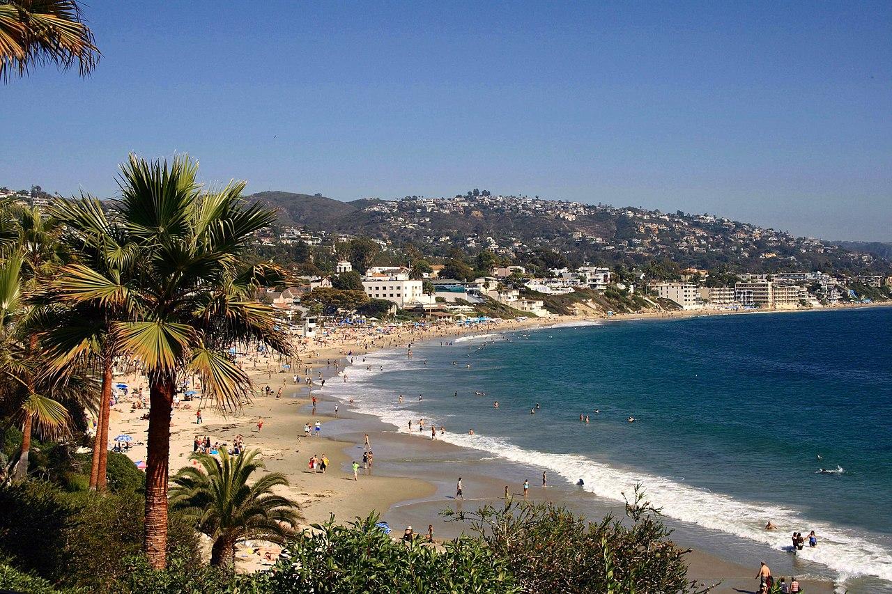 Blick auf Laguna Beach vom Heisler Park.
