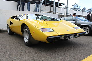 file lamborghini countach lp 400 15895134881 jpg wikimedia commons. Black Bedroom Furniture Sets. Home Design Ideas