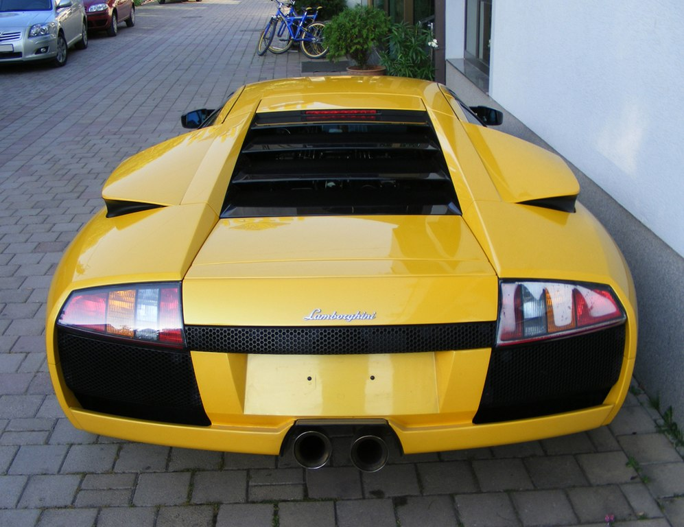 File Lamborghini Murcielago Back Jpg Wikimedia Commons