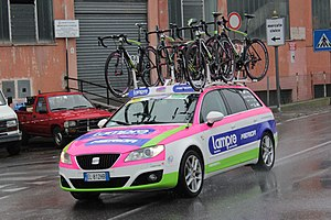 Bicycle carrier - Image: Lampre Merida car, Milan Sanremo 2013, Savona