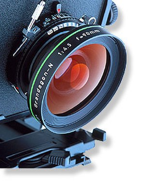Photography - Lens and mounting of a large-format camera