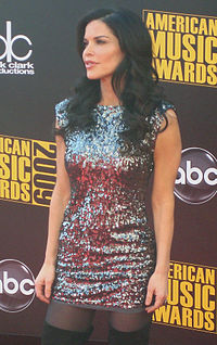 Lauren Sanchez adjusted.jpg