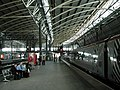 Leeds Station Platforms - geograph.org.uk - 57336.jpg