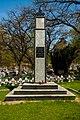Legionowo - Obelisk z pamiatkowa tablica - Kwatera Wojenna na cmentarzu przy Alei Legionow.jpg