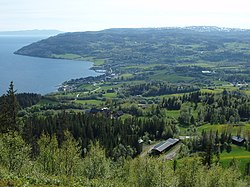Leksvik-village-Norway.jpg