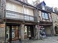 Les maisons medievales de dol de bretagne - panoramio.jpg