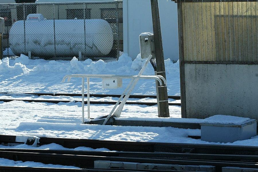 Levier d'aiguillage sous la neige, gare de Frasne.