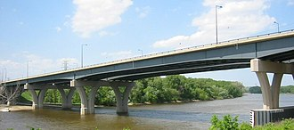 Interstate 35E (Minnesota) - The new Lexington Bridge, completed in 2004