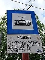 Liberec, Žitavská, zastávka Nádraží, označení na přenosném sloupku.jpg
