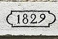 Linteau, daté de 1829.jpg