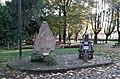 Lodi - parco di Villa Braila - monumento agli Alpini.jpg