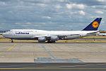Lufthansa, D-ABYM, Boeing 747-830 (20164363710).jpg