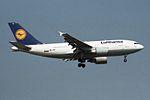 """Lufthansa Airbus A310-304 D-AIDF """"Aschaffenburg"""" (26694458573).jpg"""