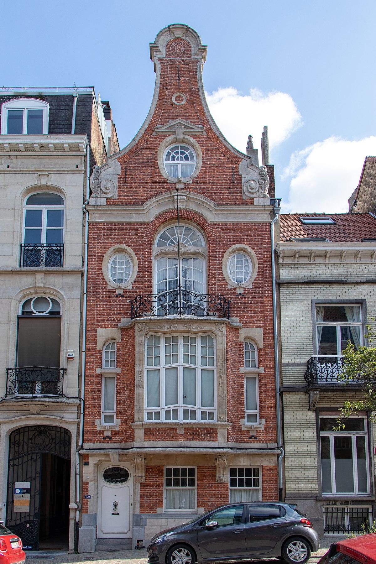 Maison Peinte En Blanc Exterieur maison personnelle du peintre paul mathieu — wikipédia