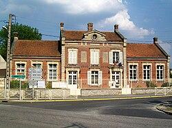 Mairie-école Pontarmé.jpg