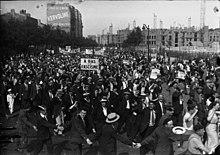 220px Manifestation SFIO 1934 - Народный фронт в европе