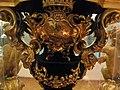 Massimiliano soldani benzi, reliquiario del sacro latte, 1709, stemma salviati 02.JPG