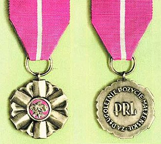 Medal for Long Marital Life - People's Republic of Poland version of the medal
